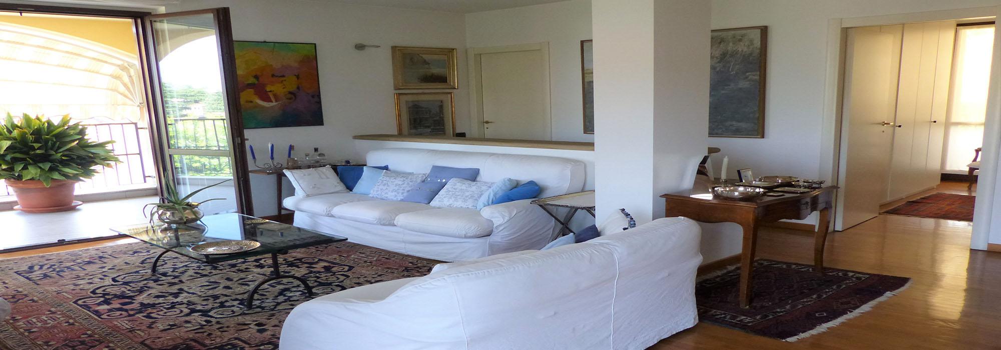 BIASSONO (MB), appartamento bi-livello di 4 locali tripli servizi con terrazzo